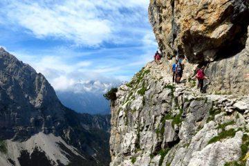 Trekking w Dolomitach Brenta. Galleria Gogani.
