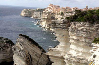 Korsyka, klify Bonifacio
